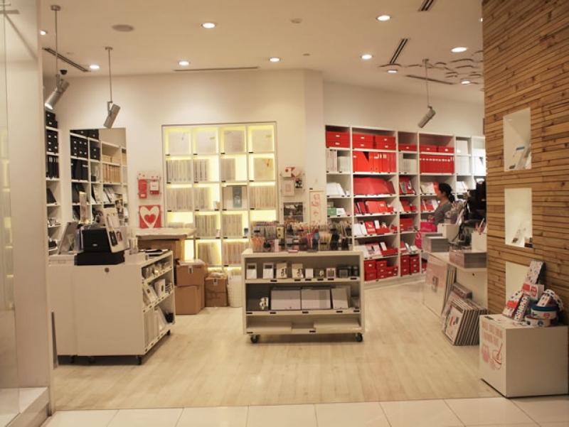 kikki k ionオーチャード店 キッキ ケー シンガポール観光