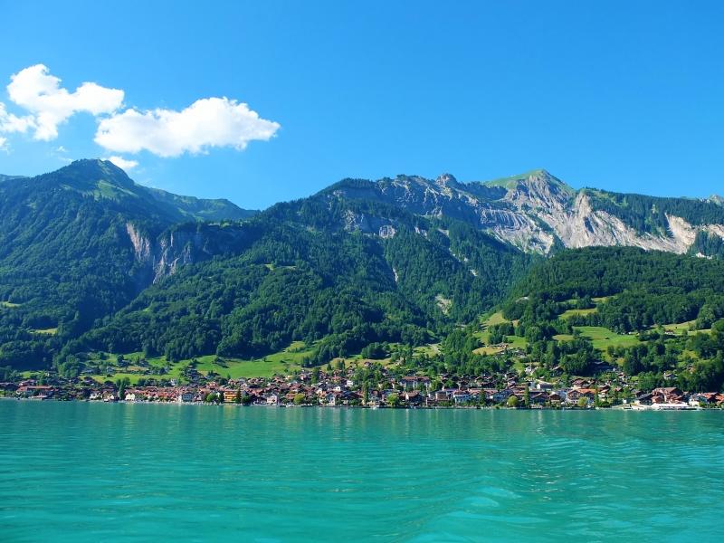 ブリエンツ湖 | スイス観光