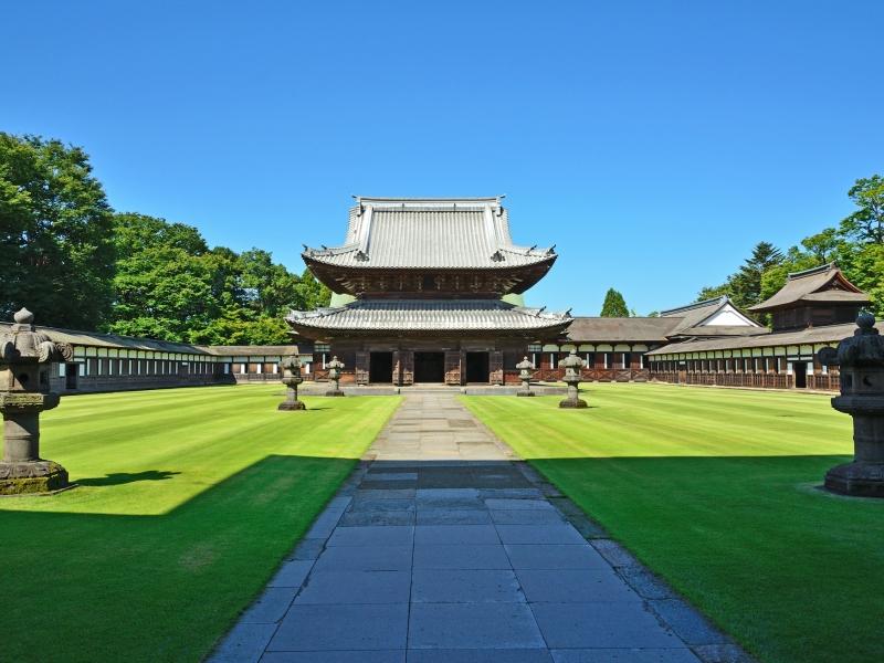 【富山】緑綺麗な高岡「瑞龍寺」の魅力と見どころを紹介!