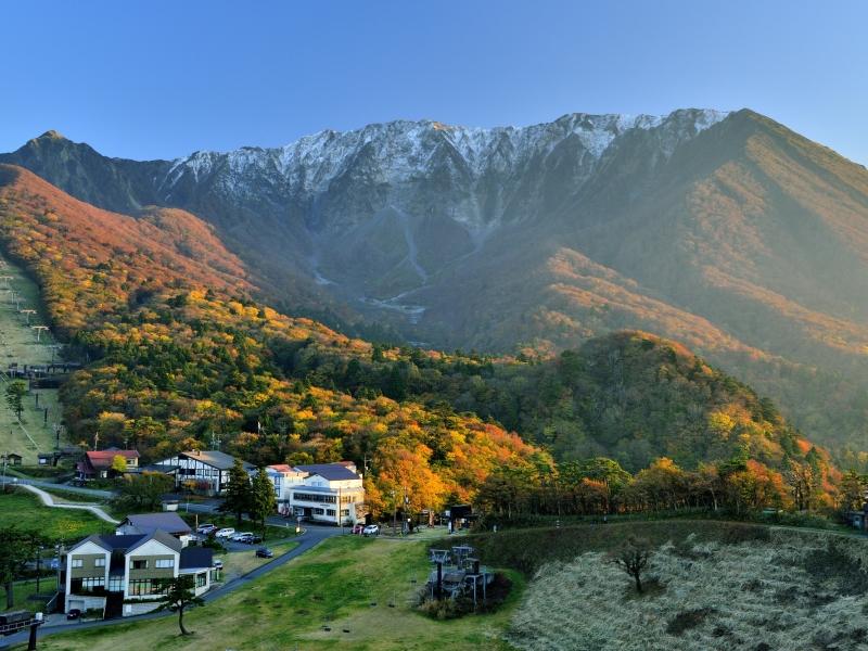 【鳥取】まるで北欧!大山「豪円山のろし台」で山々の絶景を堪能!