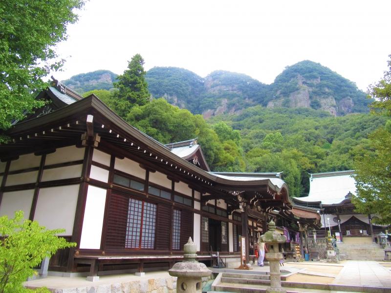 【香川】ケーブルカーで行く五剣山、八十五番札所「八栗寺」の魅力!