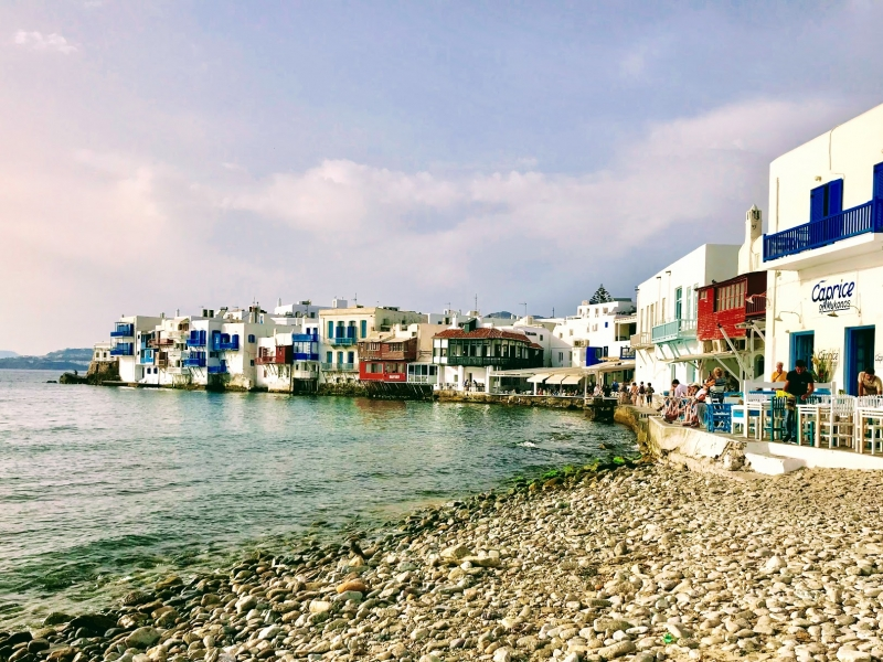 【ギリシャ】ミコノス島観光で必須のスポット「ミコノスタウン」でやりたいこと7選!