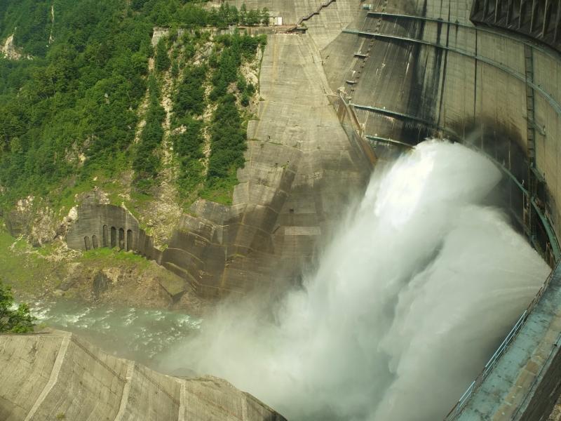 人間の知恵と技術が結集した昭和を代表する産業遺産「黒部ダム」へ!