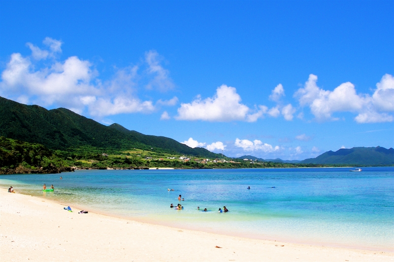 沖縄のマジで綺麗な石垣島の砂山ビーチの様子