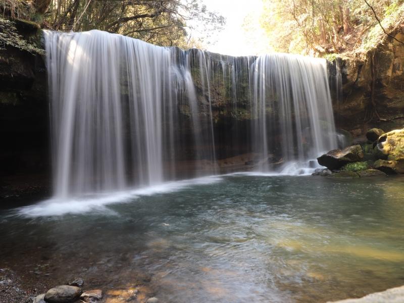【熊本】生茶CMロケ地!水のカーテンは必見「鍋ヶ滝」散策ポイント6選&周辺情報
