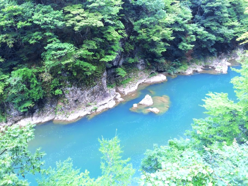 秋田観光の穴場、「抱返り渓谷」の見どころ完全ガイド!