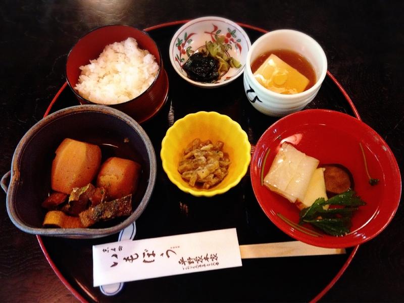 京都ランチのおすすめ店14選!和食・おばんざい・肉料理など京都グルメの名店特集