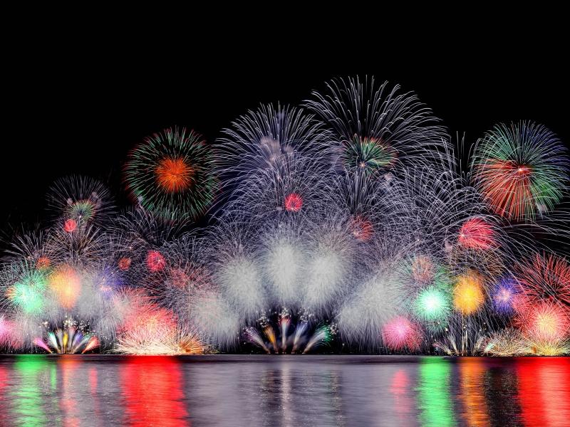 【2019・全国花火大会カレンダー】10万人以上が訪れる人気花火大会97選