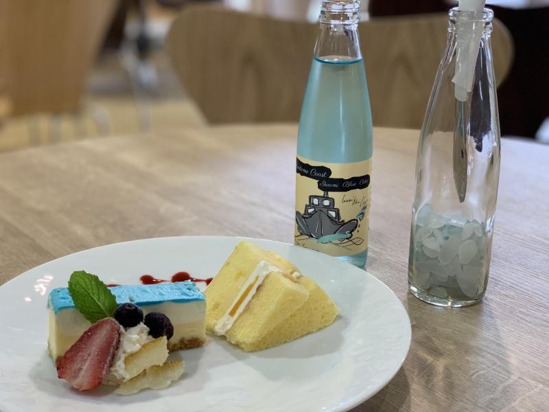 【鳥取】SNS映えもバッチリ!港カフェで食べる「岩美ブルー」を表現した絶品スイーツ♪