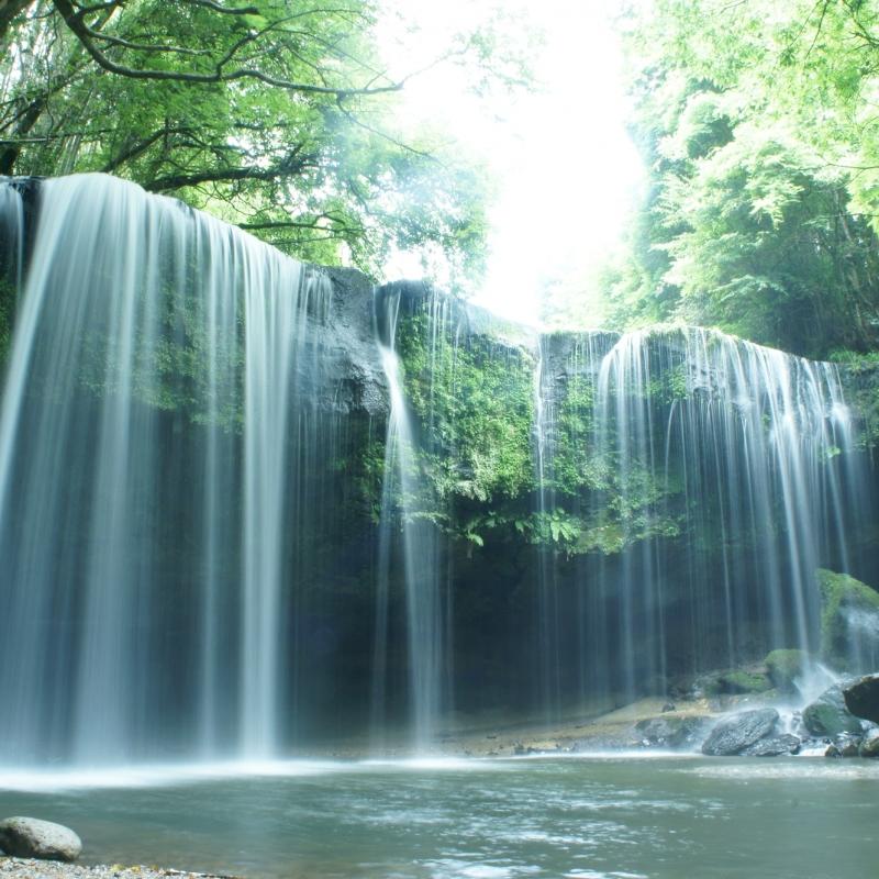 日本の人気の滝TOP30!旅行好きが行っている全国の滝ランキング
