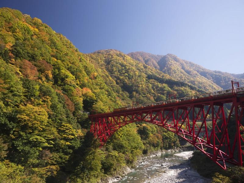 富山で感動に出会う!一度は見たい心にしみ入る絶景10選