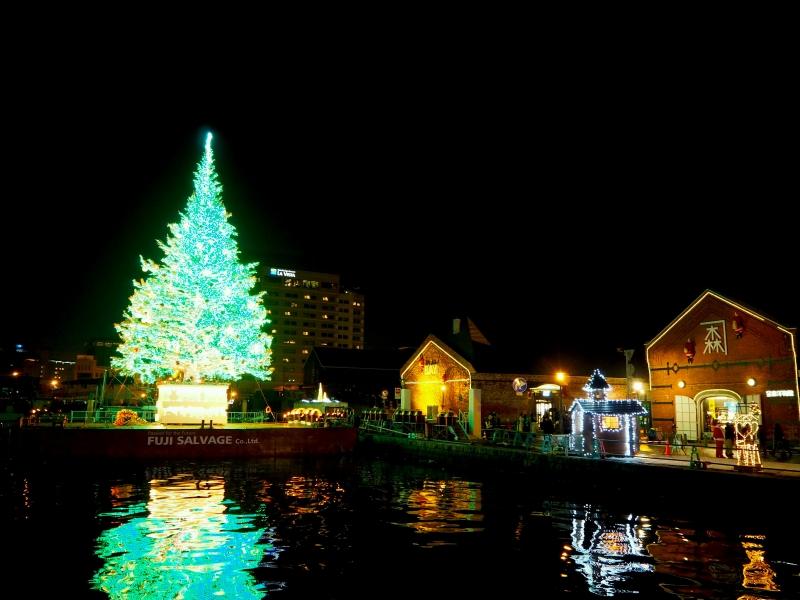 【はこだてクリスマスファンタジー】冬の花火と巨大ツリー!イルミネーション情報も♪