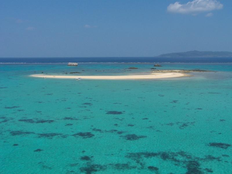 ノスタルジックな沖縄旅!八重山諸島の真ん中に浮かぶ「小浜島」の魅力