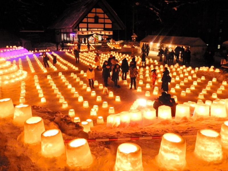 【札幌・定山渓】冬の温泉街を彩る「雪灯路(ゆきとうろ)」で幻想的な夜を!