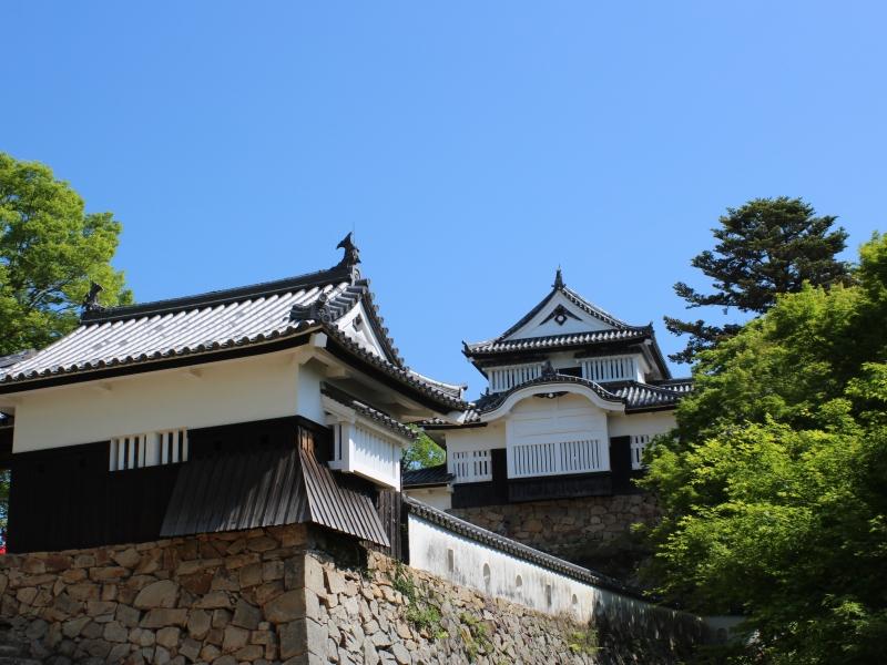 日本一「小さく」「高い」現存天守。大河ドラマのオープニングにも使われた山城「備中松山城」