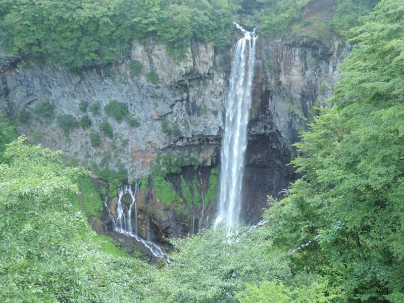 一度は訪れたい日本の三大名瀑!