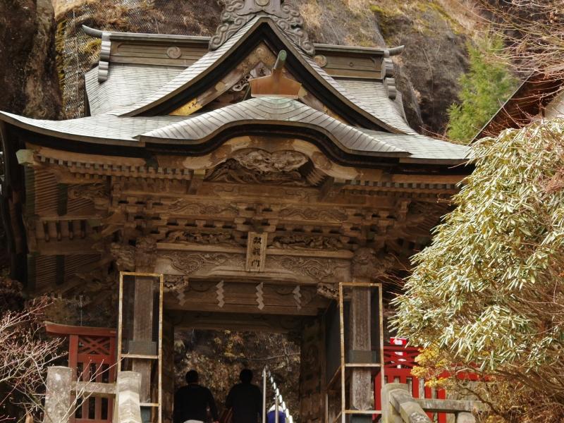 【榛名神社】巨岩奇石が見られる群馬最大級パワースポット!周辺の絶景やおすすめグルメも