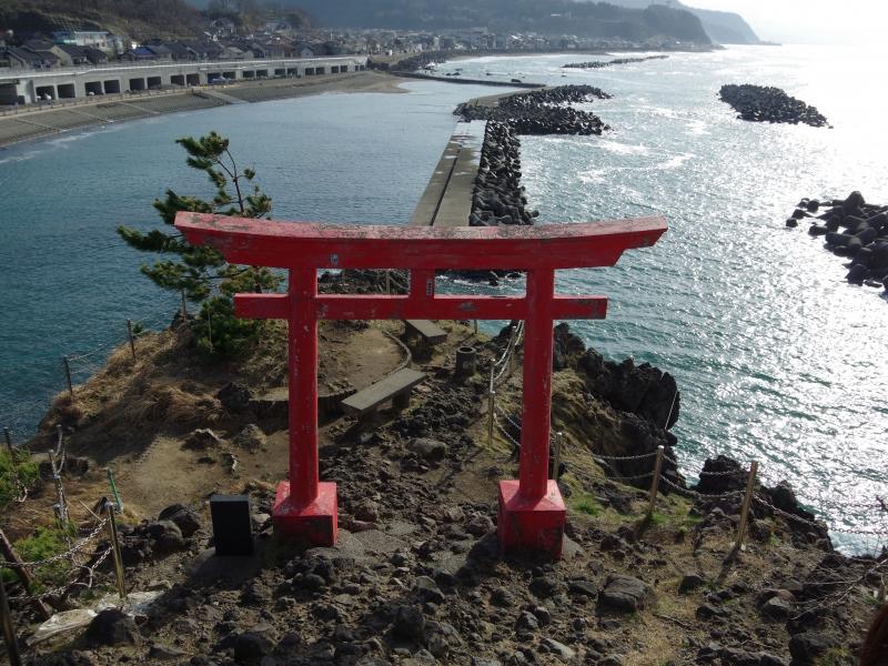 【新潟県】心もお腹も満たされる糸魚川絶景スポットと激旨グルメの旅
