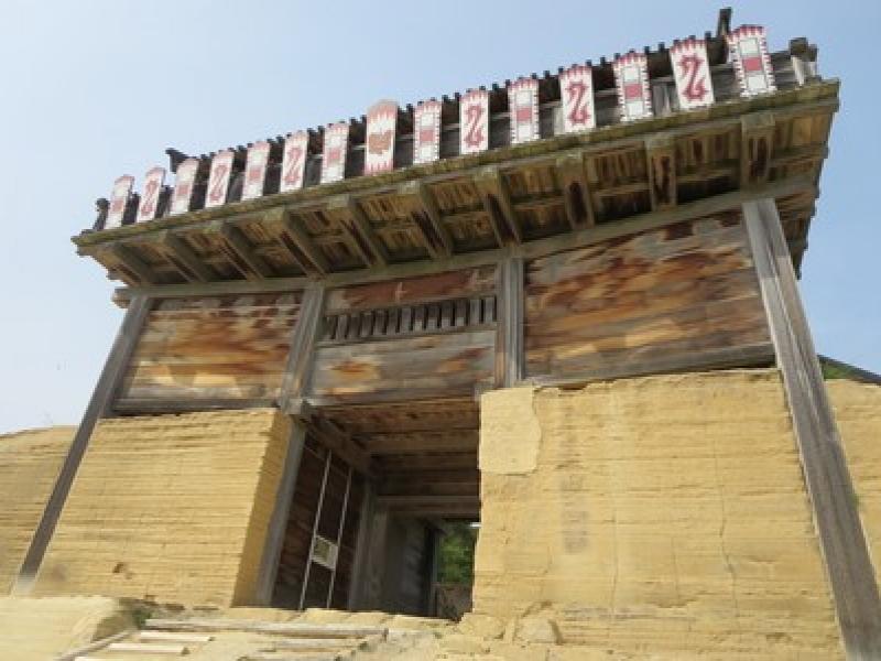 謎に包まれた神秘的な山城をハイキング!岡山【鬼ノ城】を歩こう!