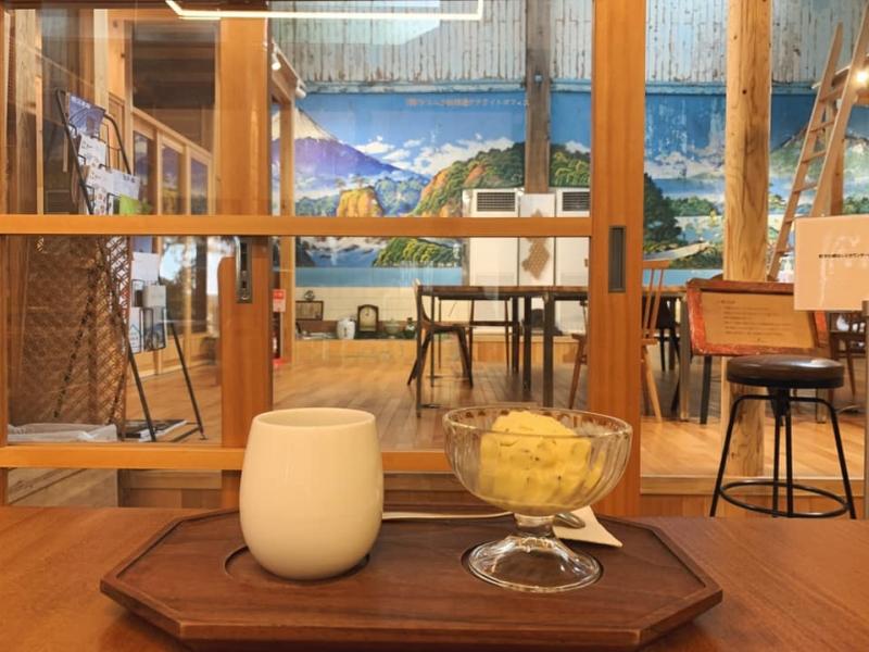 番台もペンキ絵もそのまま!歴史ある銭湯をリノベしたカフェ「レボン快哉湯」【台東区・入谷】
