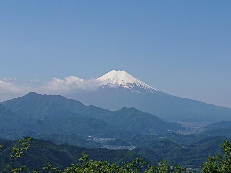 【山梨】扇山から百蔵山へ!尾根伝いに楽しむ登山コース!!