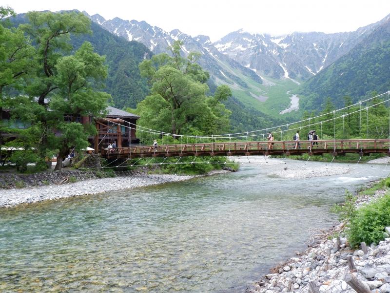 【長野】山岳リゾート「上高地」&城下町「松本」を巡る1泊2日観光モデルコース