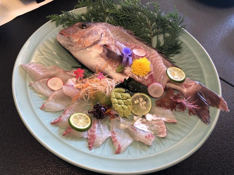 【淡路島 旅館うめ丸】鯛活造りコースで「淡路島えびす鯛」ざんまい!