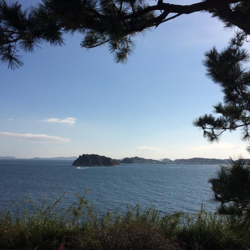 ブランコ 日間 賀島