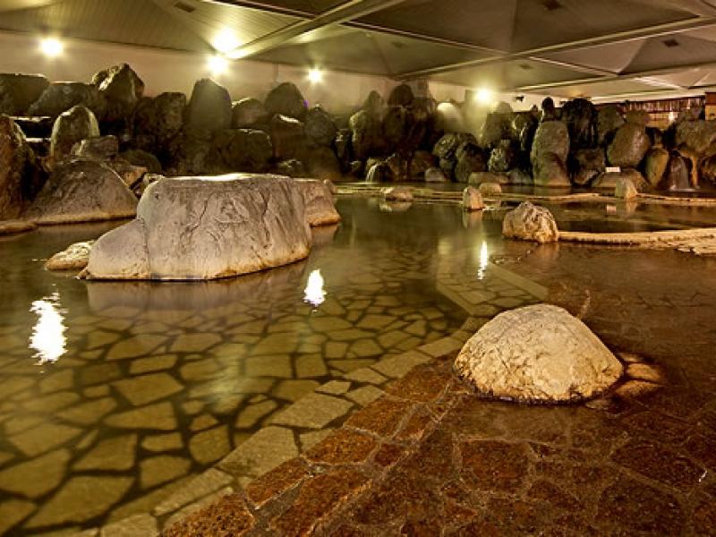 250人が入れる源泉掛け流し大浴場が愛知に!尾張温泉東海センター