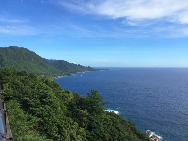 山登りだけじゃないよ!魅力いっぱいの屋久島を一周ドライブ♪