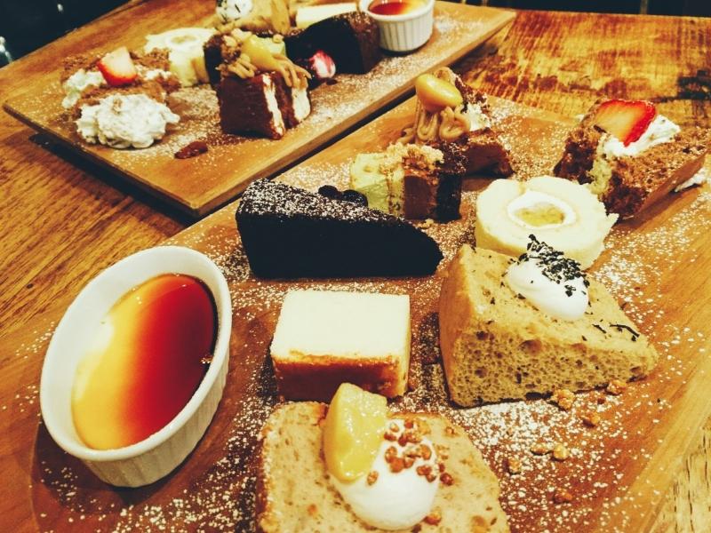 ケーキバイキングと地元&季節の料理が楽しめる【鳥取】cafe SOURCE
