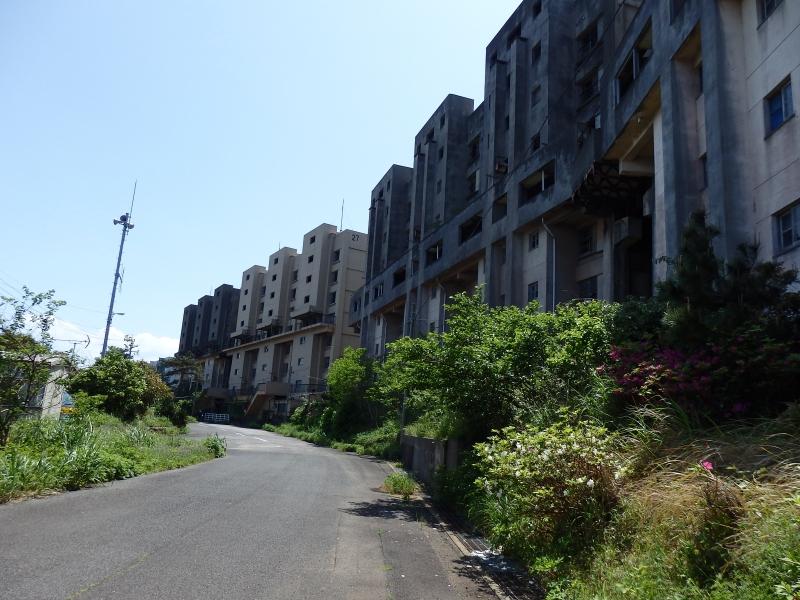 かつて炭鉱で栄えた廃墟の島、長崎県・池島を歩く
