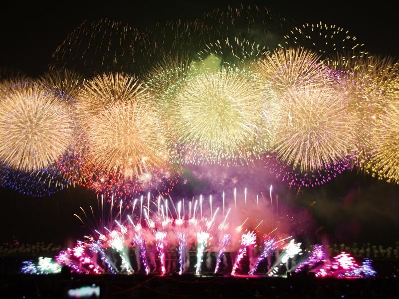 【夏】花火大会の違った楽しみ方!失敗も楽しい花火写真撮影のコツ☆