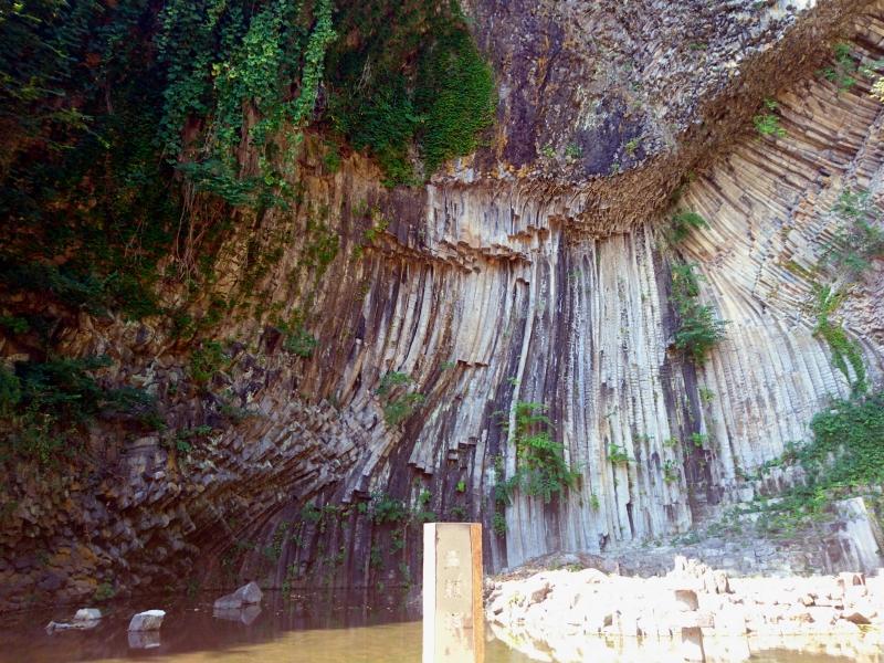 玄武岩がつくりあげた神秘的で壮大な美しさ!【兵庫】玄武洞公園の魅力
